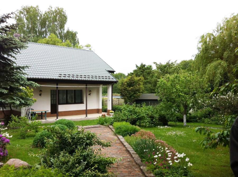 Trzcianka, gospodarstwo – 23 ha – 6 pokoi